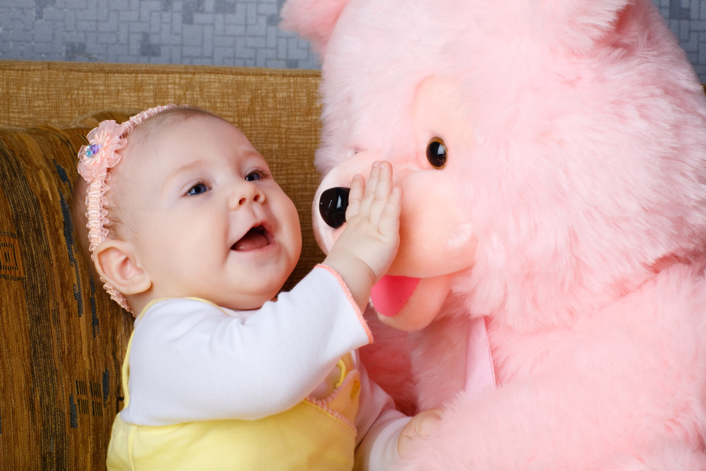 Sweet baby with pink toy free hd wallpaper hd wallpaper sweet baby with pink toy free hd wallpaper voltagebd Choice Image