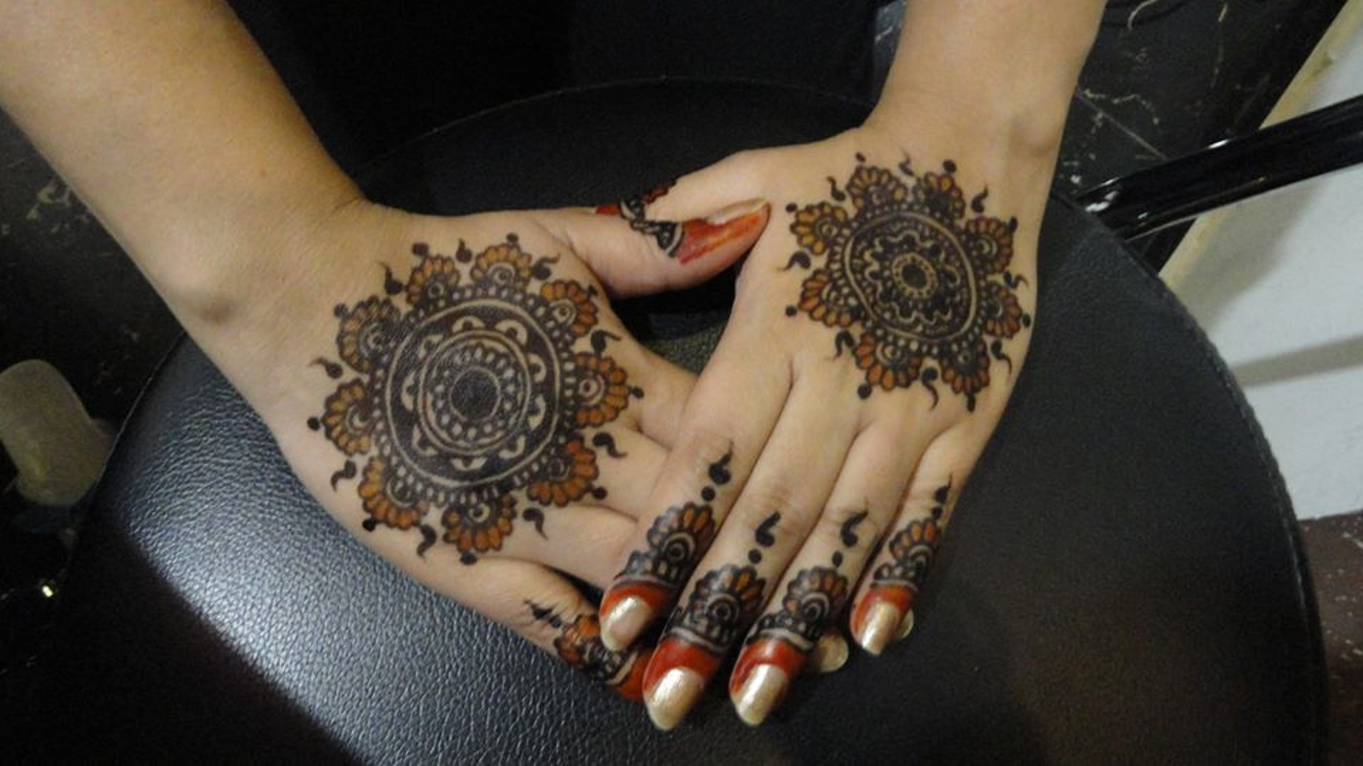 Mehndi Hands Wallpapers : New collection of beautiful free wallpapers mehandi hd for girls