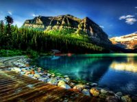 Beautiful mountain scenery wallpaper