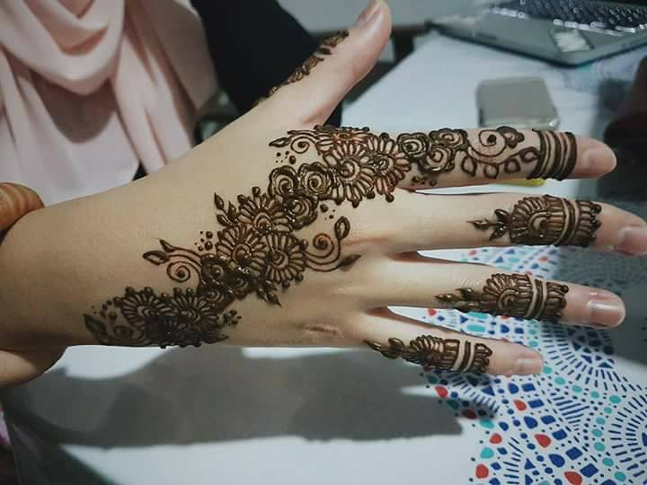 Mehndi Ceremony Background Wallpapers : New simple mehndi designs images pdf free download book