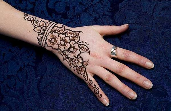 Henna Mehndi Vector Free Download : New simple mehndi designs images pdf free download book