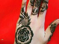 Simple Circular mehndi designs
