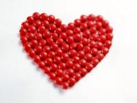 red-balls-love-red-Heart-hd-free-wallpaper