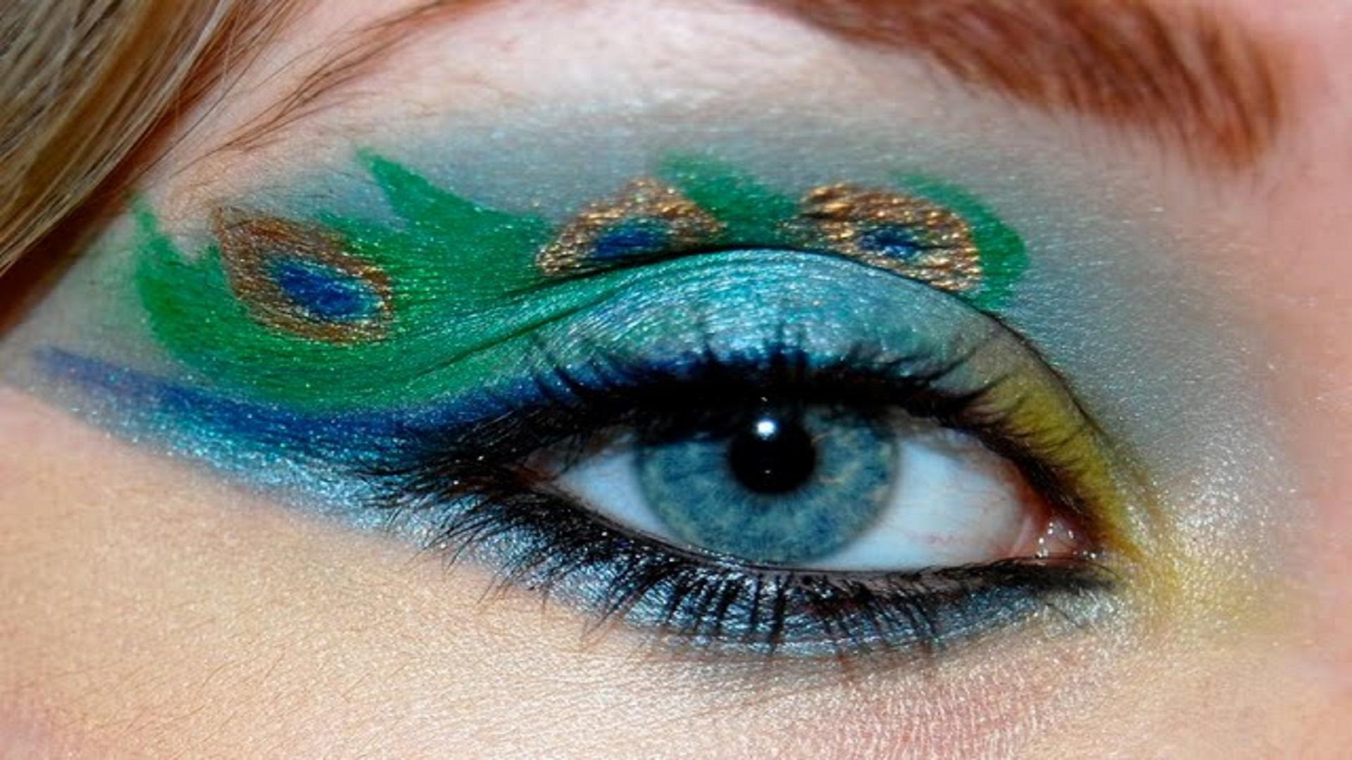 HOt-Midnight-Peacock-Eye-Makeup-free-wallpaper-hd