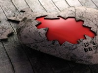 totally-broken-heart-hd-wallpapers-free