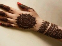 New-Collection-of-Beautiful-Mehndi-free-hd-wallpapers-for-girls
