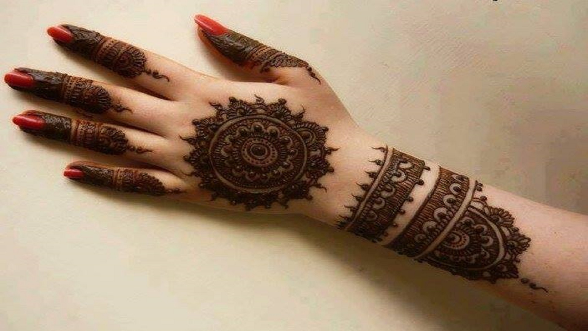 New-Collection-of-Beautiful-Mehndi-free-hd-wallpapers-