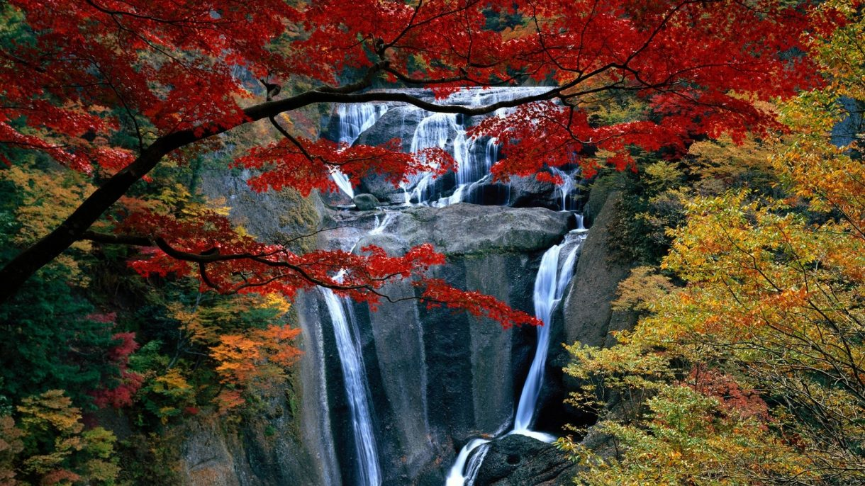 beautiful-waterfalls-hd-wallpapers-free-for-desktop