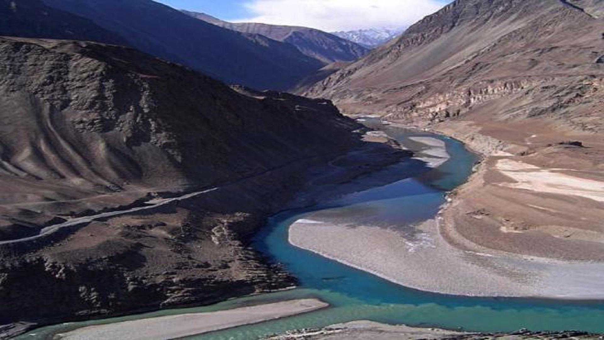 Indus Beautiful River Free Hd Wallpaper