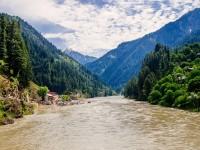 neelum river hd free wallpapers