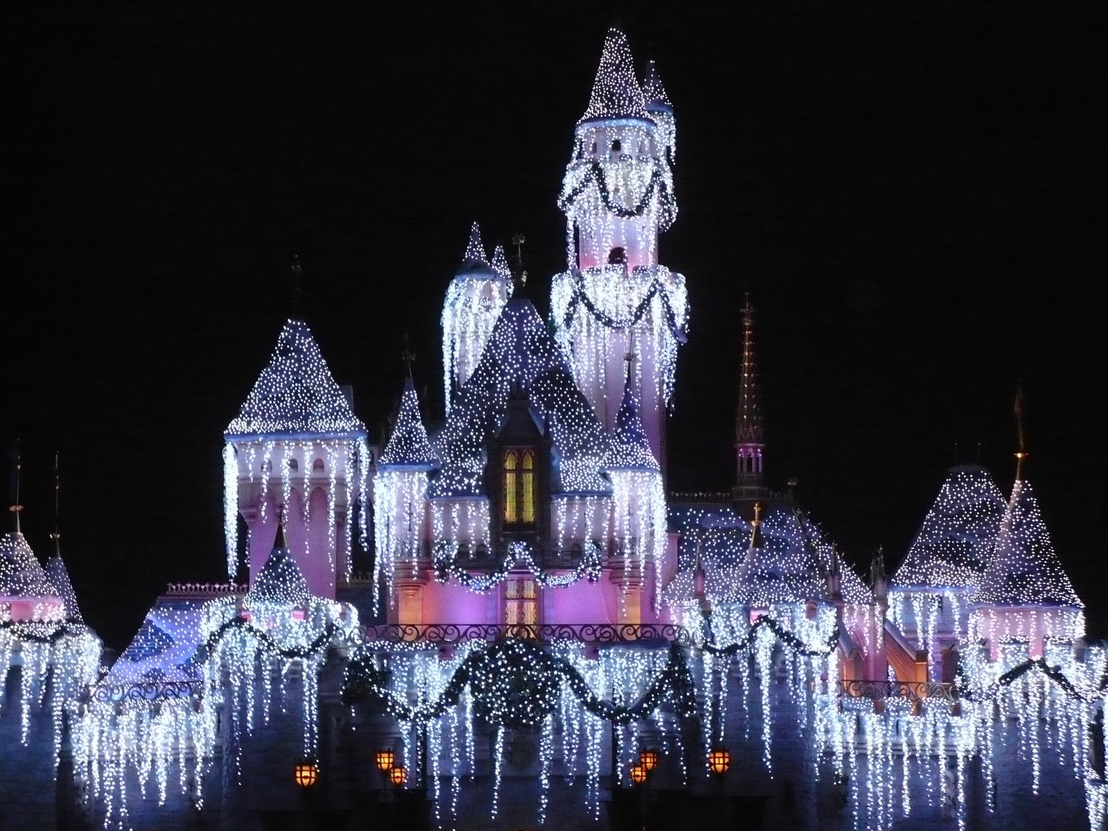 disneyland christmas free hd wallpapers