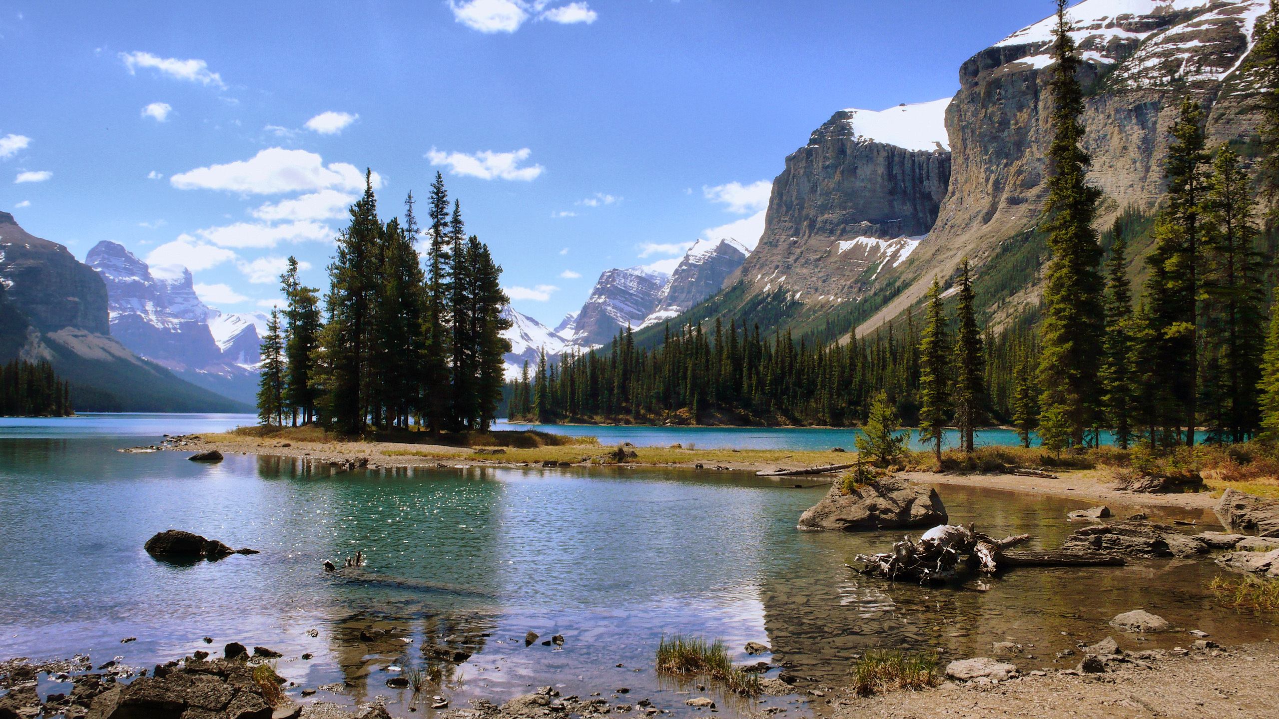 Maligne Lake hd free wallpapers
