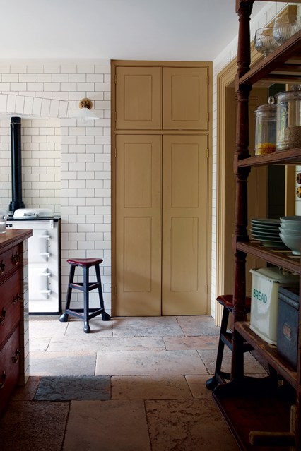 Kitchen floor and wall wallpaper