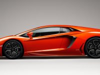 Lamborghini pictures for tab and mobiles