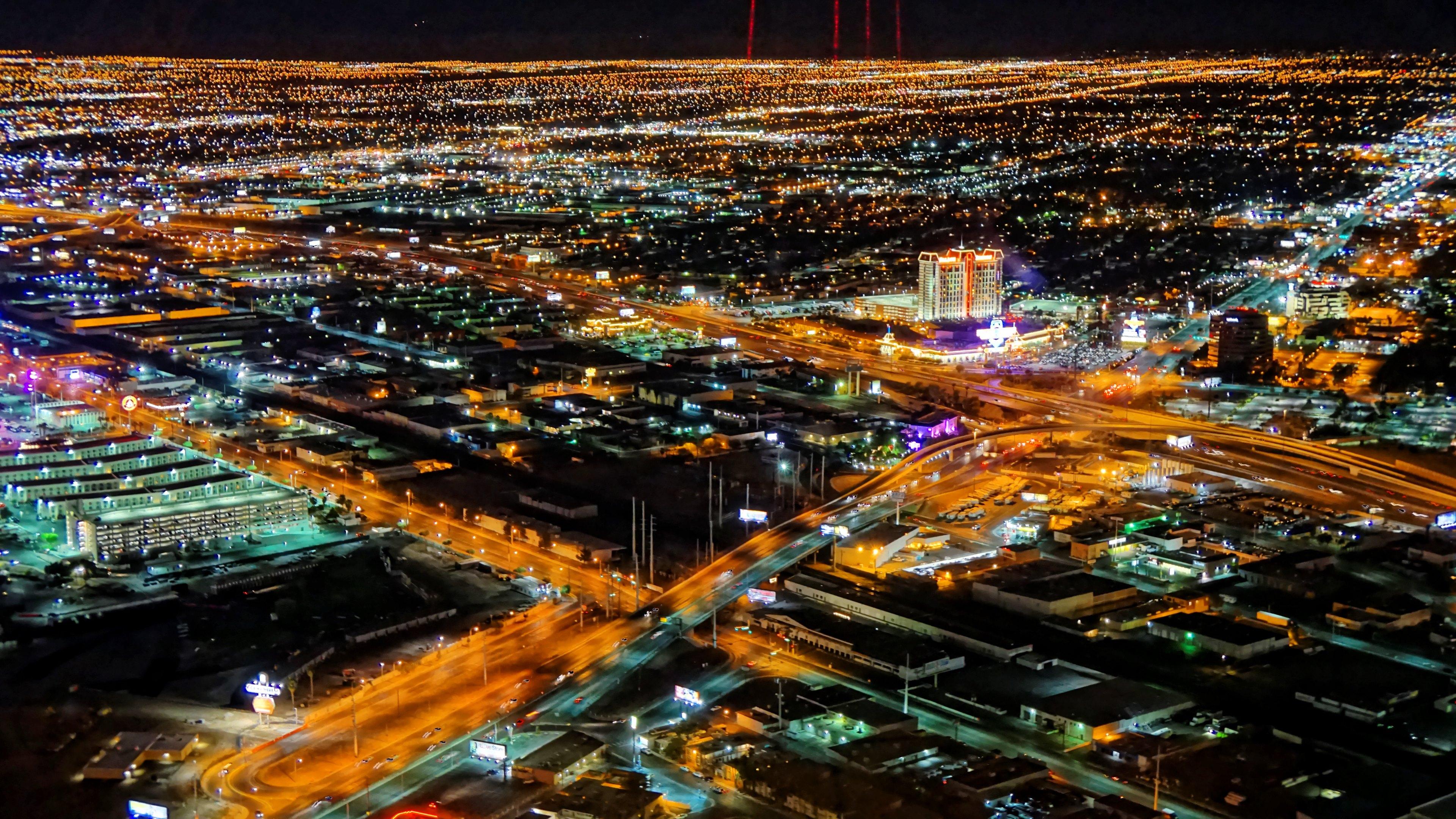 Las Vegas Night View Hd Wallpaper Hd Wallpaper