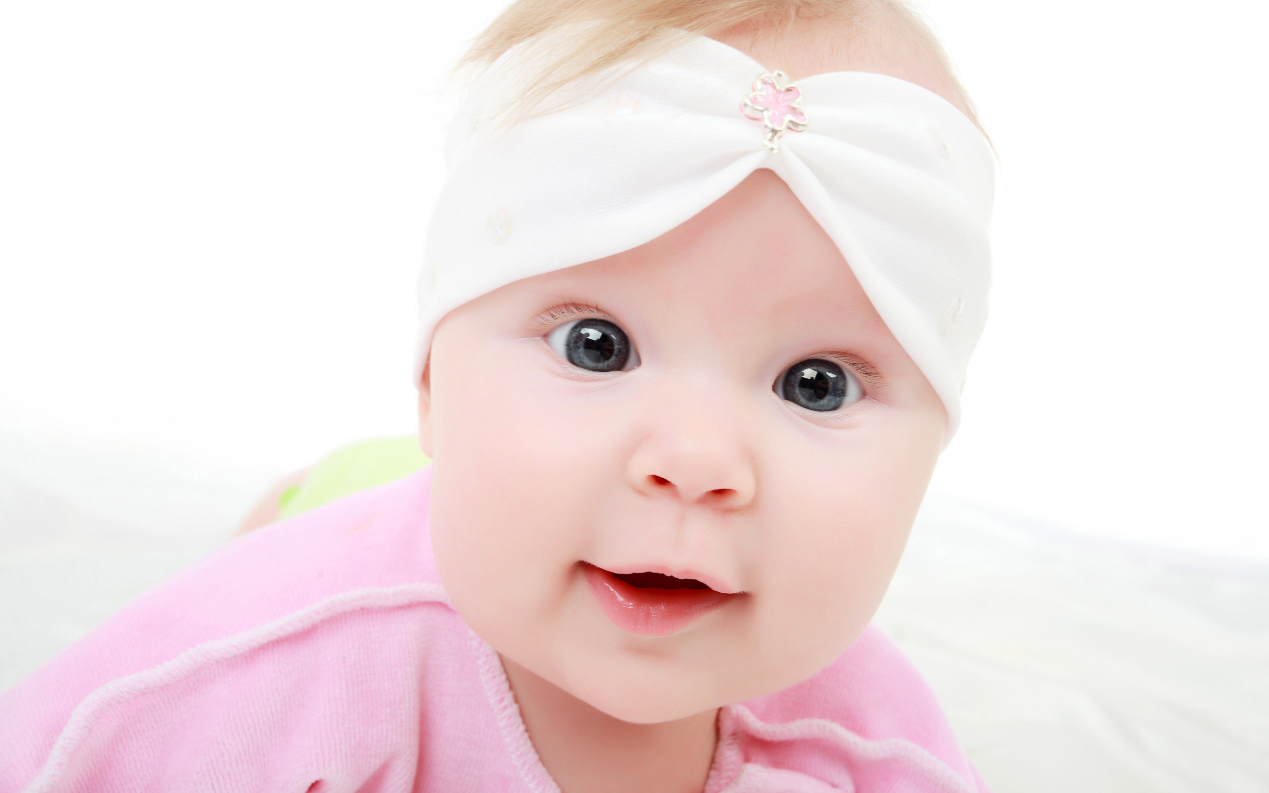 Smiling baby cute hd wallpapers