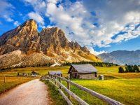 beautiful village scenery wallpaper