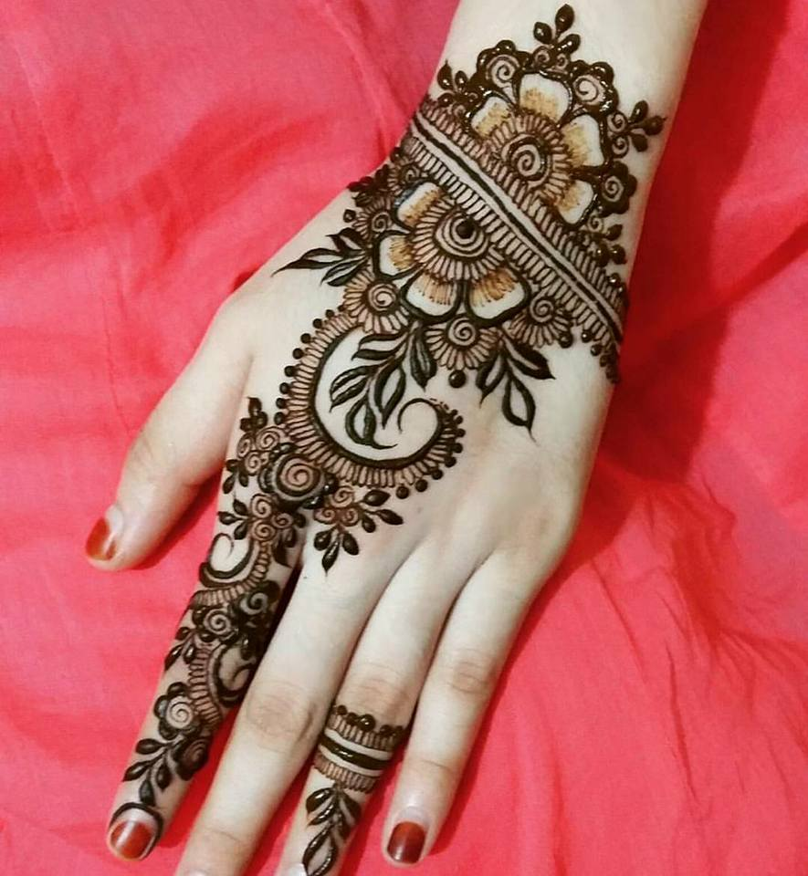 simple mehendi designs. Simple mehendi designs   HD Wallpaper