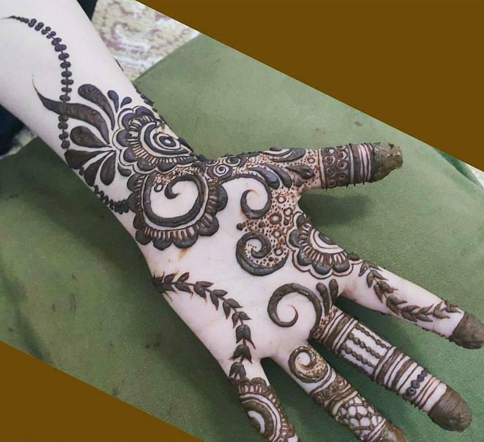 Cool hand henna designs