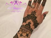 Hand henna designs latest style