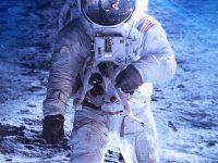 Man On Moon 1080x2280 Wallpaper